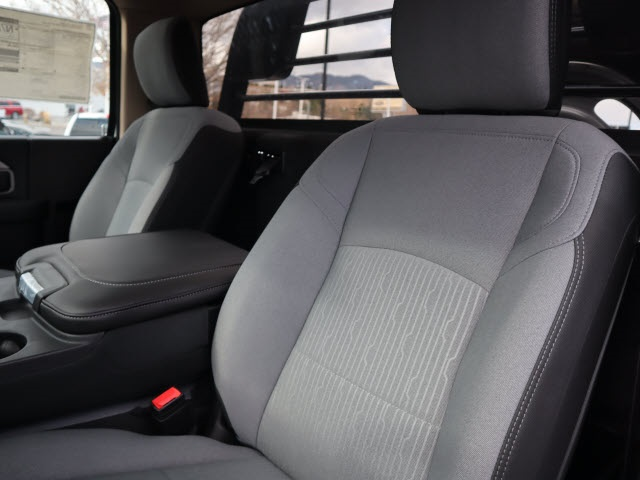 2019 Ram 4500 Regular Cab DRW 4x4, Crownline Platform Body #679001 - photo 11