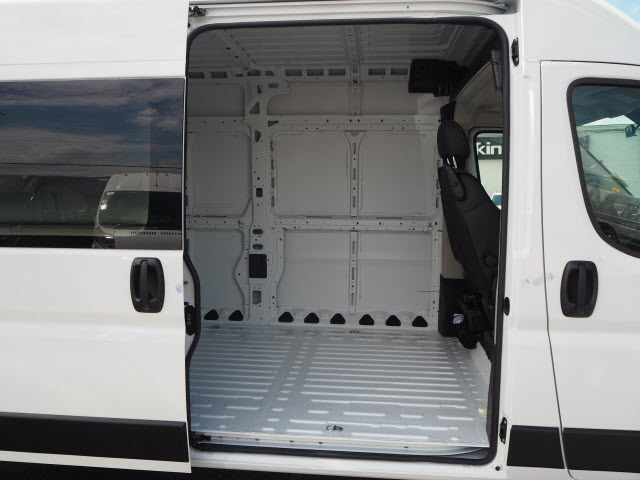 2020 Ram ProMaster 2500 High Roof FWD, Empty Cargo Van #770100 - photo 13
