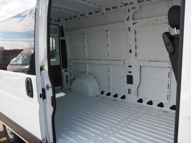 2020 Ram ProMaster 2500 High Roof FWD, Empty Cargo Van #770100 - photo 17