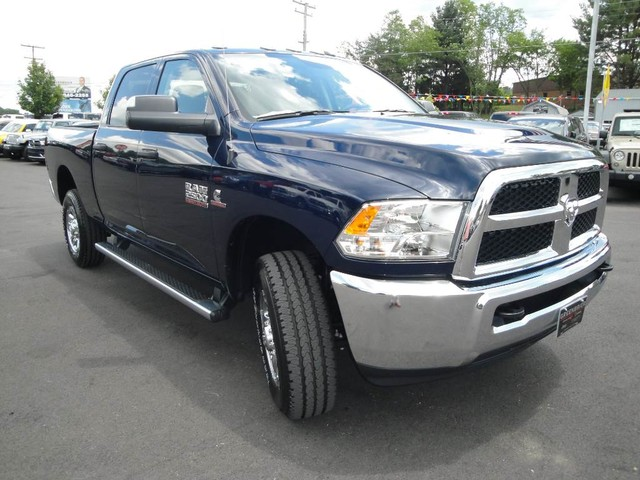 2017 Ram 2500 Crew Cab 4x4, Pickup #DT76935 - photo 28