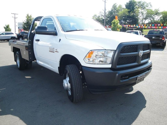 2017 Ram 3500 Regular Cab DRW 4x4, Platform Body #DT77018 - photo 26