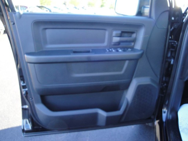 2017 Ram 1500 Crew Cab 4x4 Pickup #N76143 - photo 19