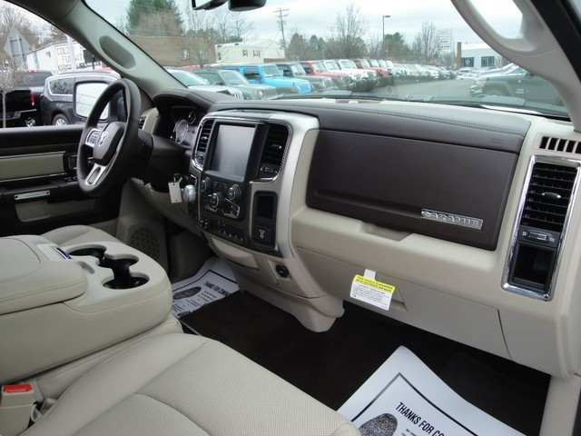 2017 Ram 1500 Crew Cab 4x4 Pickup #N76767 - photo 29