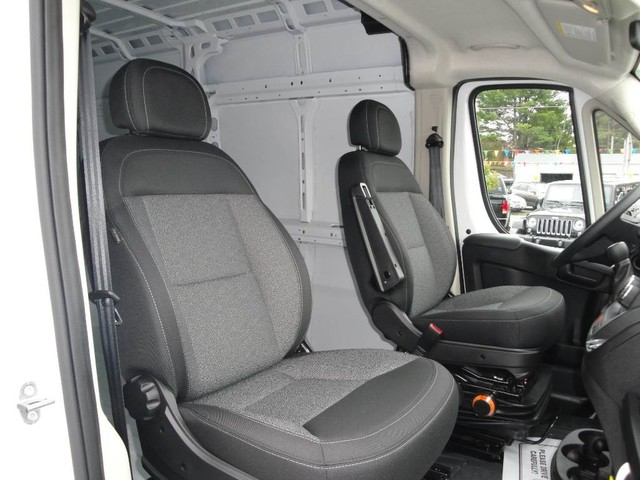 2017 ProMaster 2500 High Roof Cargo Van #N76987 - photo 25