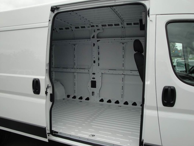 2017 ProMaster 2500 High Roof Cargo Van #N76987 - photo 26