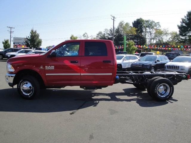 2018 Ram 3500 Crew Cab DRW 4x4 Cab Chassis #N77104 - photo 4