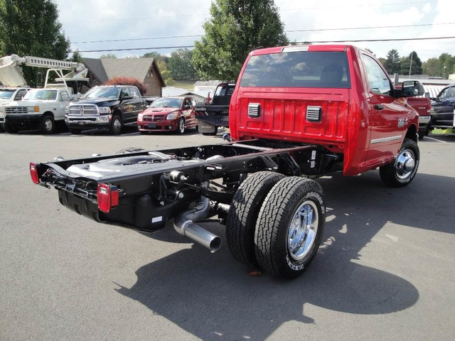 2018 Ram 3500 Regular Cab DRW 4x4, Cab Chassis #N77110 - photo 20