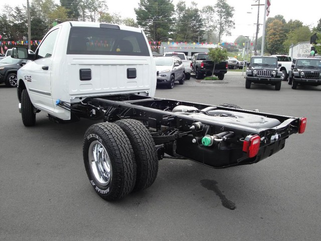 2018 Ram 3500 Regular Cab DRW 4x4, Cab Chassis #N77115 - photo 2