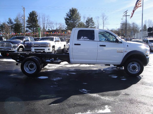 2018 Ram 5500 Crew Cab DRW 4x4 Cab Chassis #N77295 - photo 20