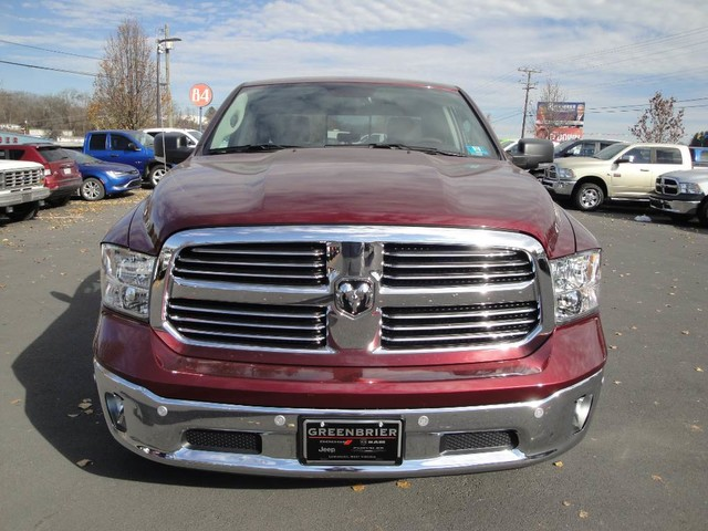 2017 Ram 1500 Crew Cab 4x4 Pickup #N77308 - photo 3