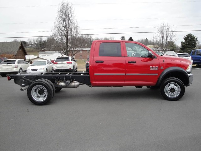 2018 Ram 5500 Crew Cab DRW 4x4 Cab Chassis #N77312 - photo 19