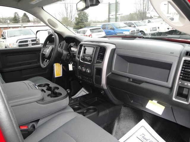 2018 Ram 5500 Crew Cab DRW 4x4 Cab Chassis #N77312 - photo 21