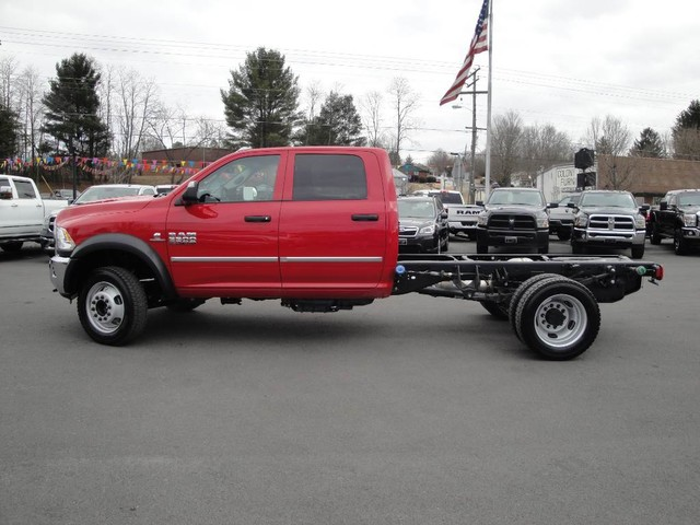 2018 Ram 5500 Crew Cab DRW 4x4 Cab Chassis #N77312 - photo 4
