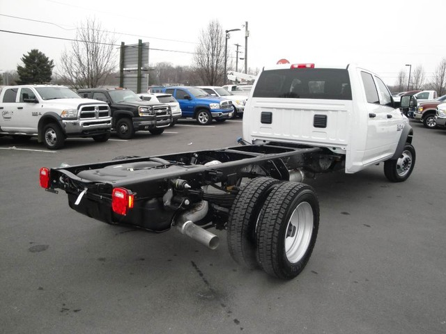 2018 Ram 5500 Crew Cab DRW 4x4 Cab Chassis #N77339 - photo 17