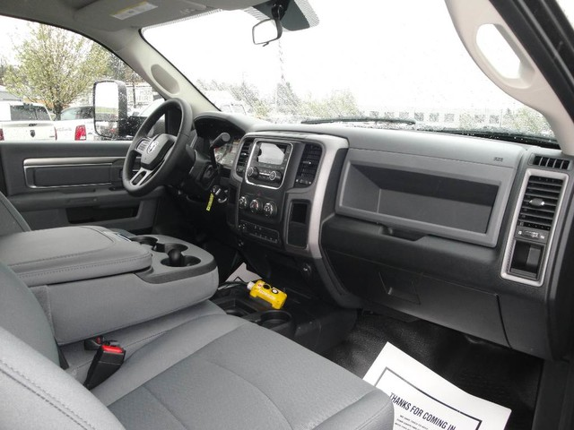 2018 Ram 3500 Regular Cab DRW 4x4, Dump Body #N77781 - photo 22