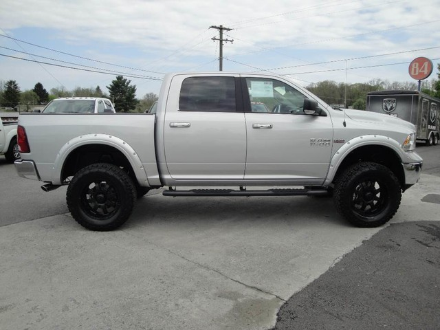 2018 Ram 1500 Crew Cab 4x4, Pickup #N77816 - photo 23