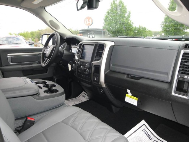 2018 Ram 1500 Crew Cab 4x4, Pickup #N77816 - photo 25