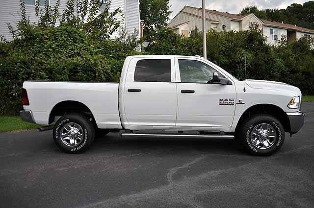 2017 Ram 2500 Crew Cab 4x4 Pickup #H394 - photo 3