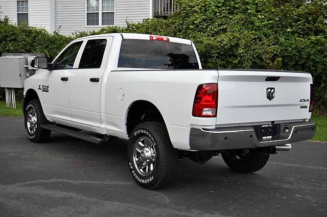 2017 Ram 2500 Crew Cab 4x4 Pickup #H394 - photo 2