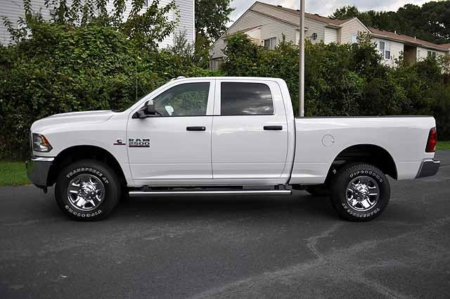 2017 Ram 2500 Crew Cab 4x4 Pickup #H394 - photo 4