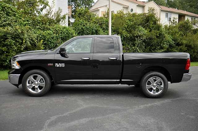 2017 Ram 1500 Quad Cab Pickup #H433 - photo 4