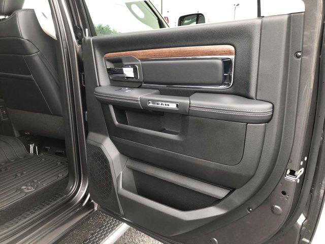 2018 Ram 2500 Crew Cab 4x4,  Pickup #404382 - photo 18