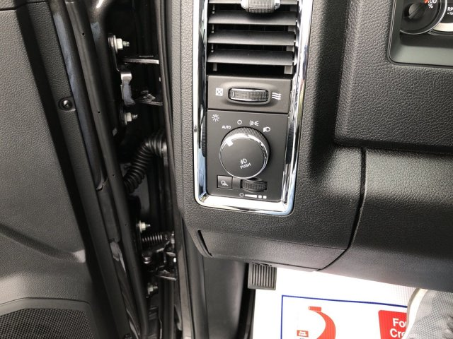 2018 Ram 2500 Crew Cab 4x4,  Pickup #404382 - photo 31