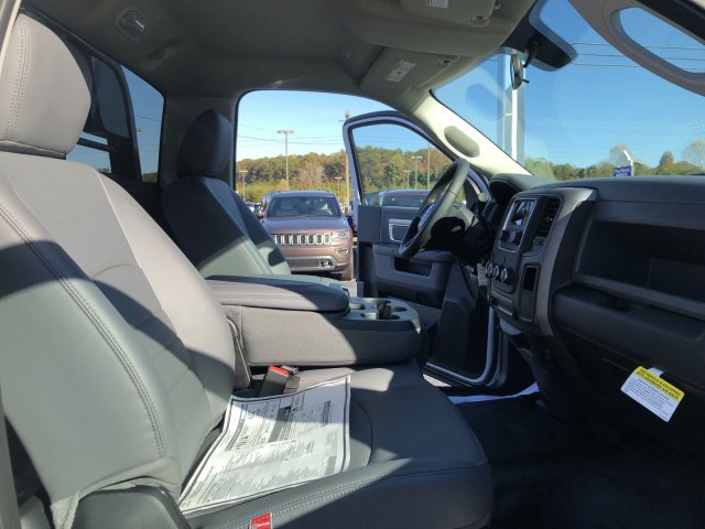 2018 Ram 3500 Regular Cab DRW 4x4,  Platform Body #R3961 - photo 15