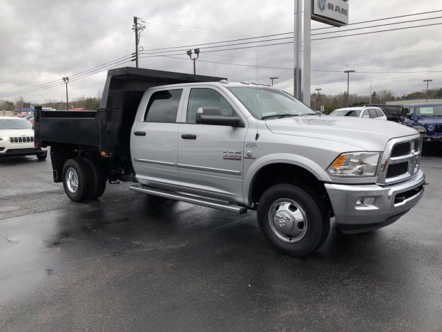2018 Ram 3500 Crew Cab DRW 4x4,  Dump Body #R4029 - photo 4