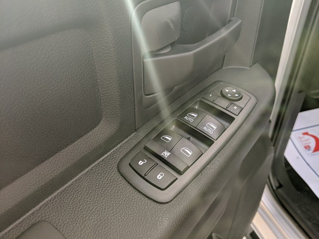 2018 Ram 3500 Crew Cab DRW 4x4,  Dump Body #R4029 - photo 10