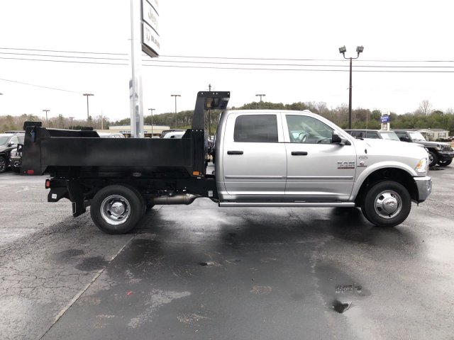 2018 Ram 3500 Crew Cab DRW 4x4,  Dump Body #R4029 - photo 8