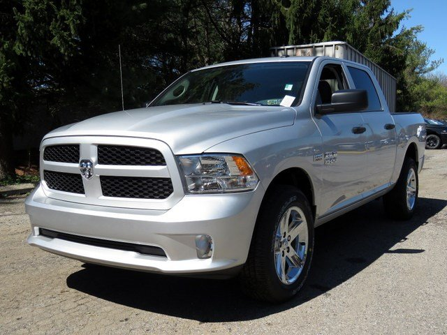 2017 Ram 1500 Crew Cab 4x4,  Pickup #R17117 - photo 3