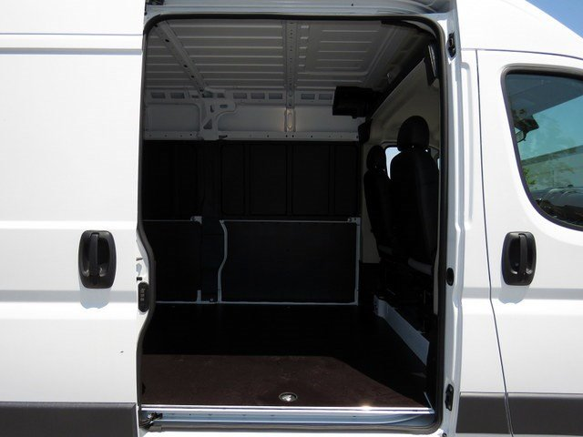 2017 ProMaster 2500 High Roof Cargo Van #R17335 - photo 6