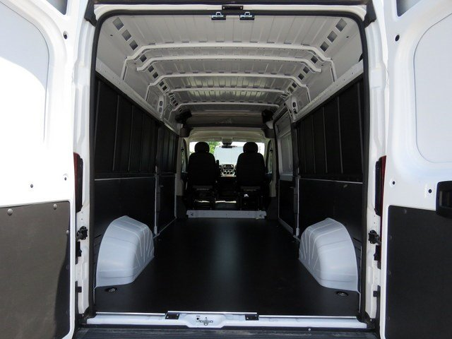 2017 ProMaster 2500 High Roof Cargo Van #R17335 - photo 2