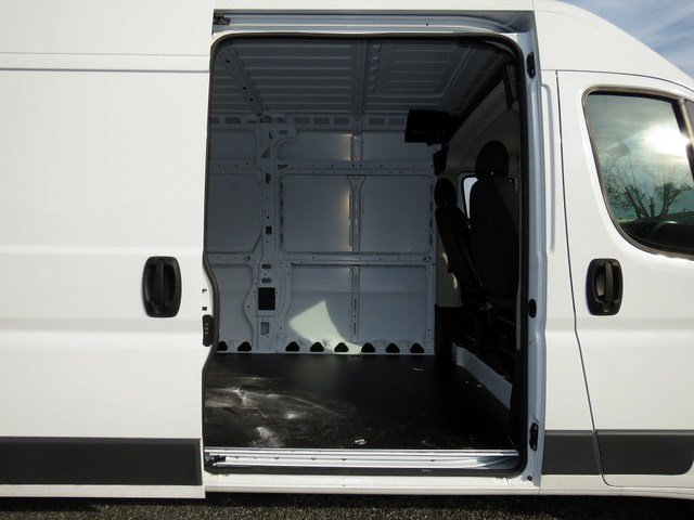 2017 ProMaster 3500 High Roof Cargo Van #R17446 - photo 6