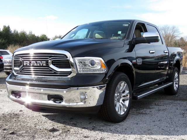 2018 Ram 1500 Crew Cab 4x4,  Pickup #R18016 - photo 3