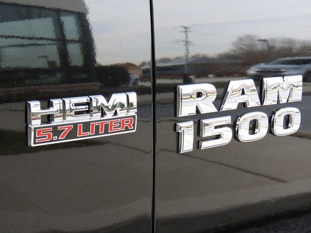 2018 Ram 1500 Quad Cab 4x4, Pickup #R180390 - photo 13