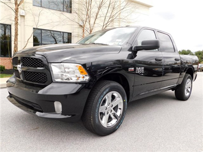 2018 Ram 1500 Crew Cab 4x4,  Pickup #R18167 - photo 3