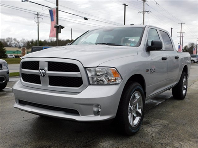 2018 Ram 1500 Crew Cab 4x4,  Pickup #R18168 - photo 3