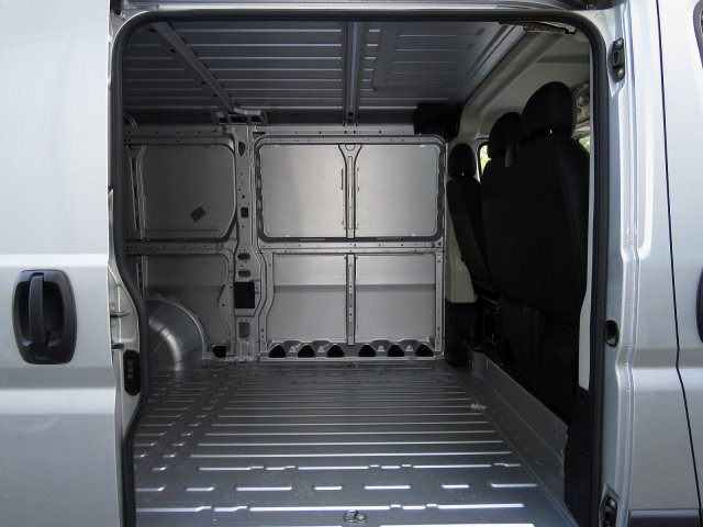 2018 ProMaster 1500 Standard Roof FWD,  Empty Cargo Van #R18171 - photo 7