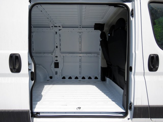 2018 ProMaster 1500 Standard Roof FWD,  Empty Cargo Van #R18172 - photo 7