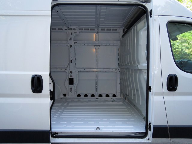 2018 ProMaster 1500 High Roof FWD,  Empty Cargo Van #R18202 - photo 7