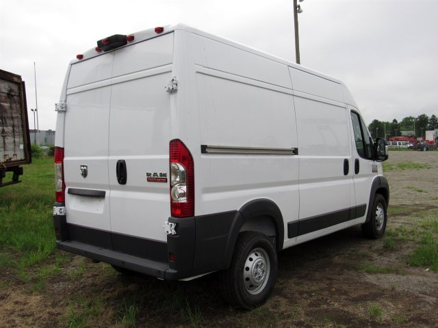 2018 ProMaster 1500 High Roof FWD,  Empty Cargo Van #R18205 - photo 2