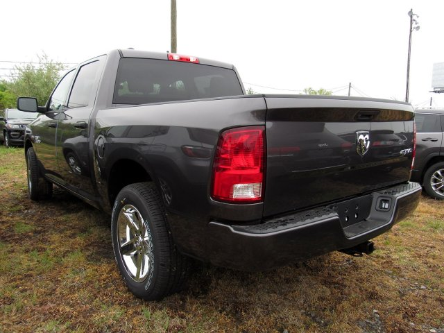 2018 Ram 1500 Crew Cab 4x4,  Pickup #R18211 - photo 7