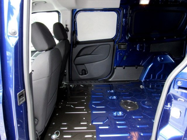 2018 ProMaster City FWD,  Empty Cargo Van #R18275 - photo 7