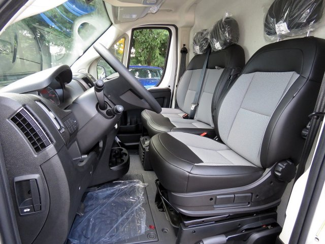 2018 ProMaster 2500 High Roof FWD,  Empty Cargo Van #R18282 - photo 10