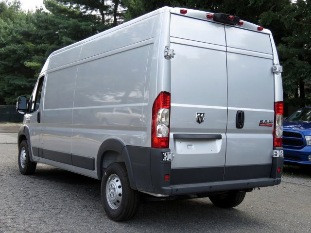 2018 ProMaster 2500 High Roof FWD,  Empty Cargo Van #R18282 - photo 4
