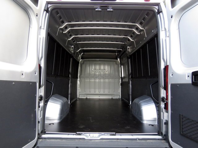 2018 ProMaster 2500 High Roof FWD,  Empty Cargo Van #R18282 - photo 2