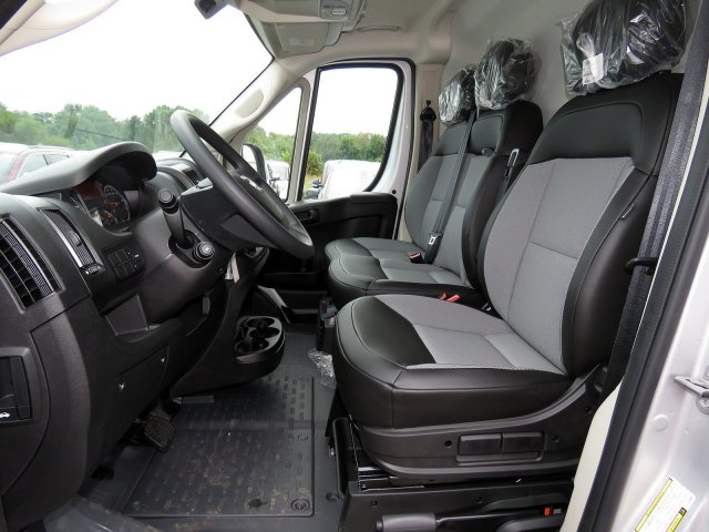 2018 ProMaster 2500 High Roof FWD,  Empty Cargo Van #R18293 - photo 10