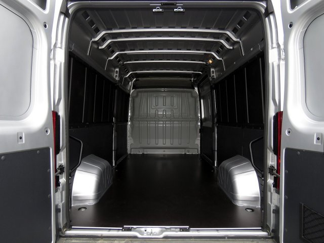 2018 ProMaster 2500 High Roof FWD,  Empty Cargo Van #R18293 - photo 2